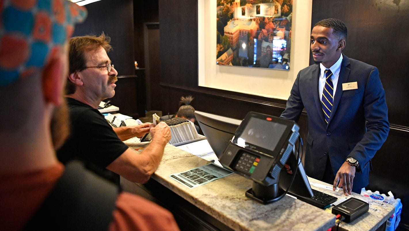 'Employee labor market' forces hotels to work harder to recruit, retain staff