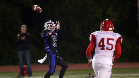 Mahopac's Sal Marchionni (5) catches a first half touchdown