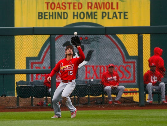 St. Louis Cardinals outfield Randal Grichuk catches