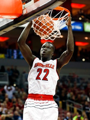 Louisville Deng Adel with the slam dunk against William & Mary. Nov. 14, 2016