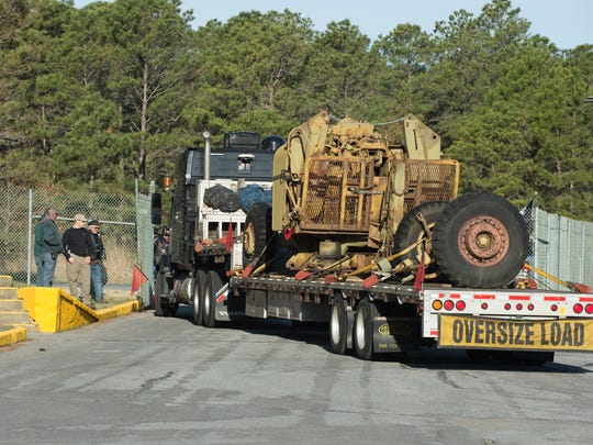 A WWII anti-aircraft gun similar to those used at Fort Miles being delivered to Cape Henlopen State Park Biden Center.