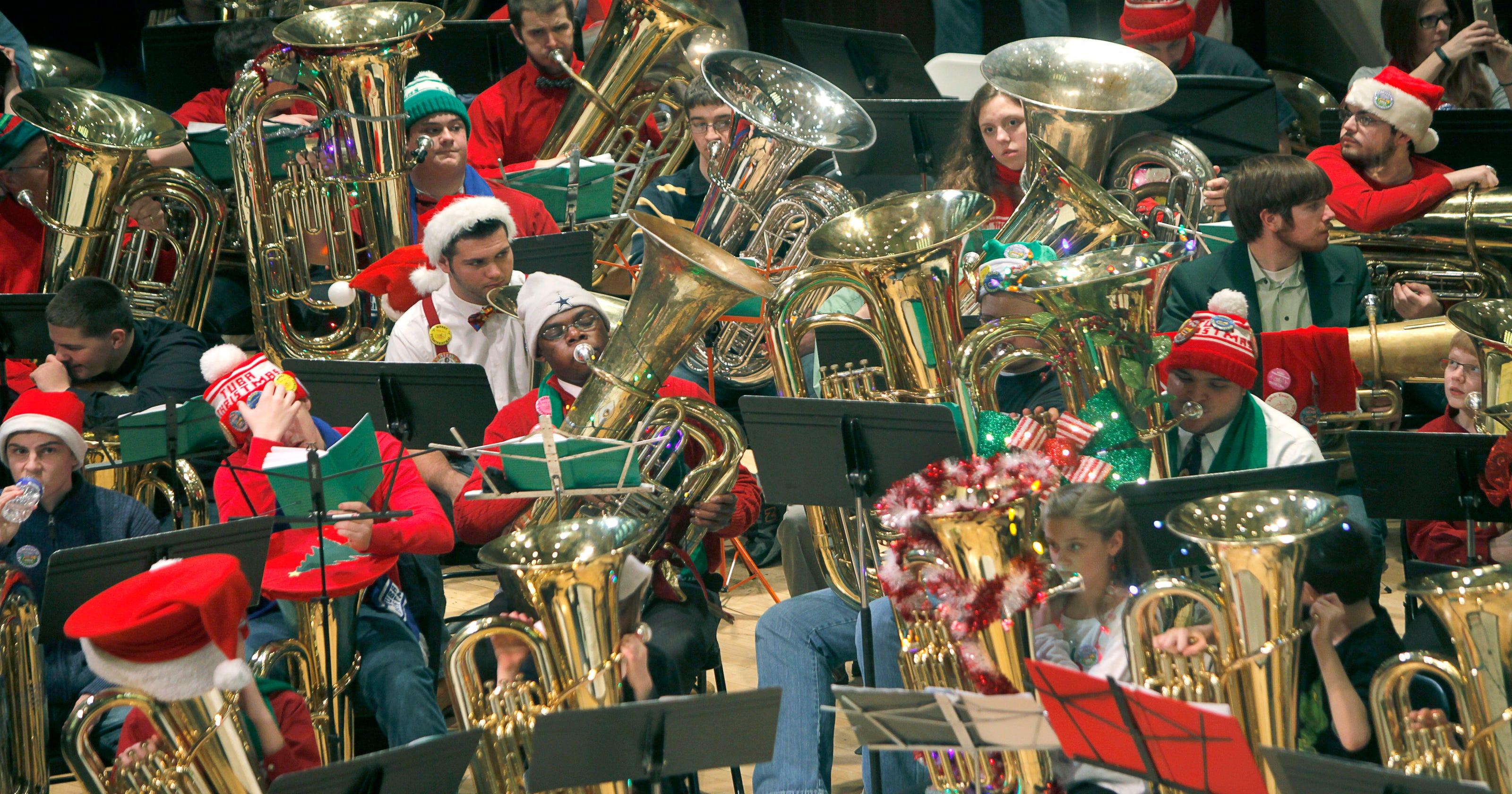 Tuba Christmas.Tuba Christmas A Tradition For Young And Old