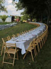 Outstanding in the Field, the roving pop-up dinner series that brings ridiculously long tables to farms across North America, recently visited Detroit's Food Field for a meal highlighting local urban farms prepared by chef Sarah Welch.