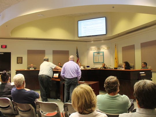 City Commission interacts with legal counsel for the property owners of the Sahara Apartments during the Sept. 22 commission meeting.