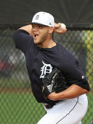 Joe Jimenez throws his bullpen session during spring training Wednesday.