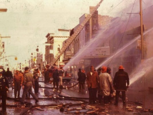 635954684273079554-Downtown-explosion-Donald-Knoob-color.jpg