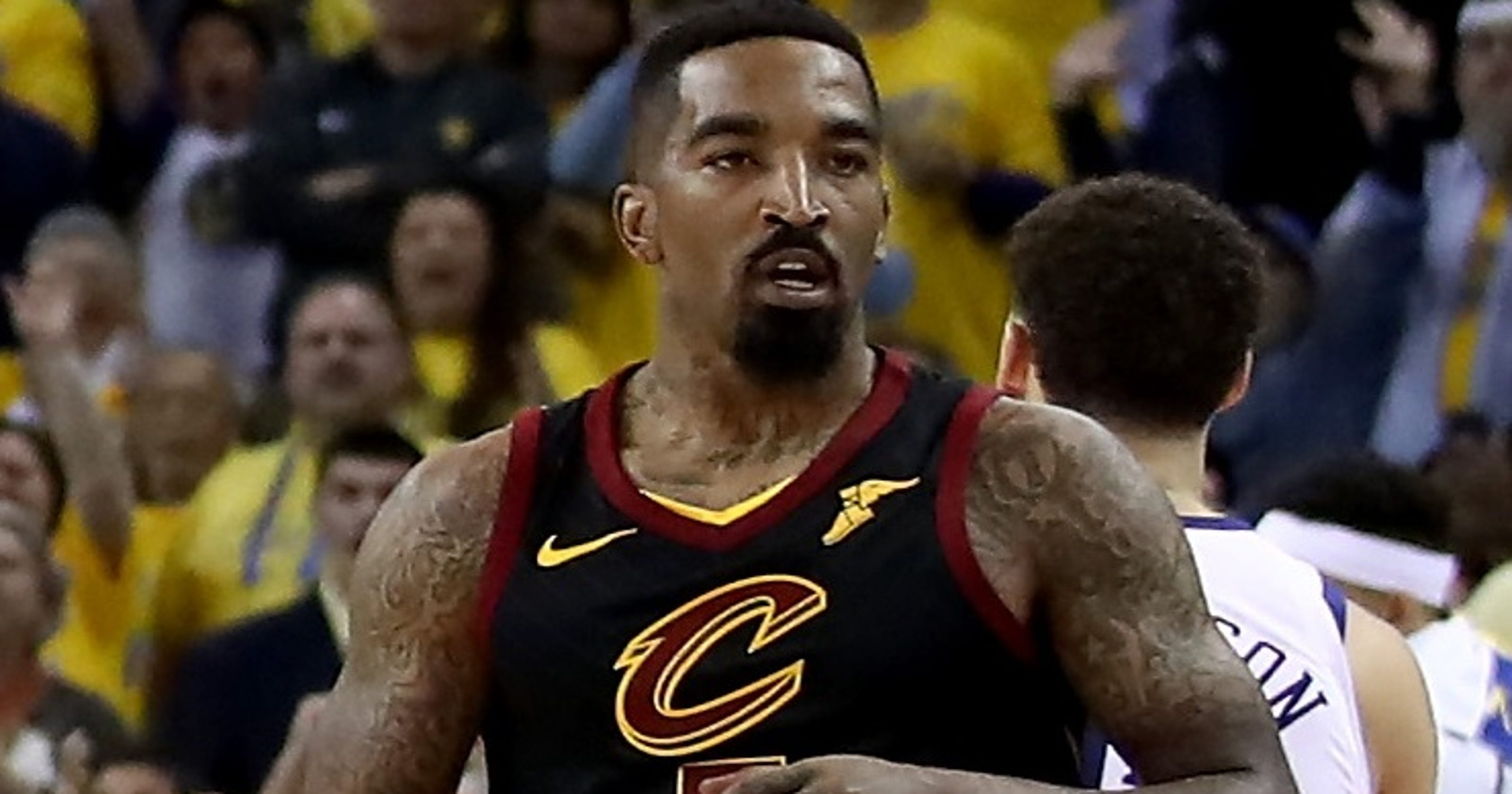 c821eb33b99 Lakewood's J.R. Smith blamed for Cavs NBA Finals Game 1 loss: Twitter reacts