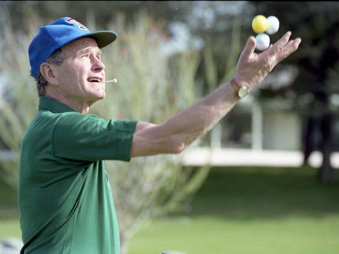 President Bush goes golfing at the Annenberg estate