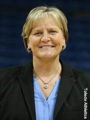 Now coaching Toledo, former North Knox player and UE coach Tricia Cullop named to Indiana Basketball Hall of Fame