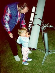 Astronomer Bill Keel introduces his son Christopher