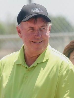 Ed Hayduk, the retired longtime assistant general manager of the Rancho Simi Recreation and Park District, died over the weekend from complications of a head injury.