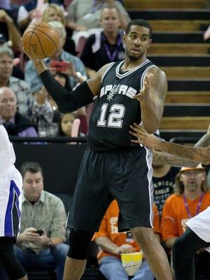 LaMarcus Aldridge had eight points on 3-of-10 shooting in his Spurs preseason debut.