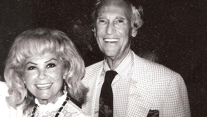 """Photograph of Bob and Eileen """"Mike"""" Pollock taken April 23,1995 at the American Cancer Society's Desert Spirit VI gala."""