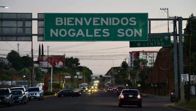 Tradicionalmente, cientos de familias mexicanas se trasladan a nuestro país para pasar esta temporada con familiares que probablemente no habían visto en largo tiempo.