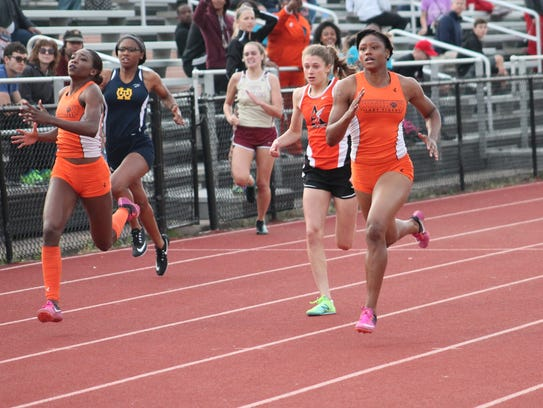In the 200 meters it's (from left) Withrow's Niyah