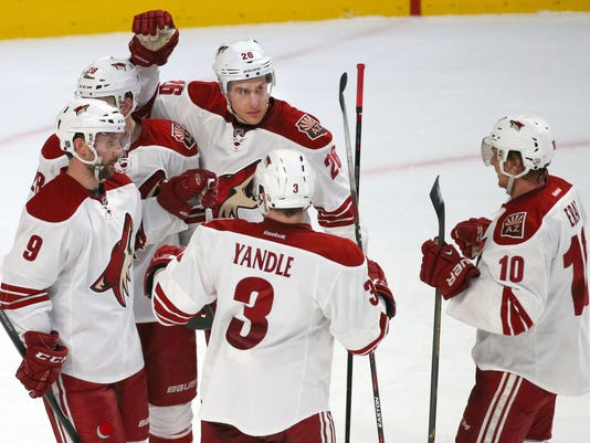 NHL: Arizona Coyotes at Montreal Canadiens