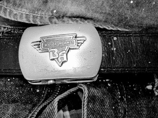 A belt buckle found on the body of an unidentified migrant in 2000.