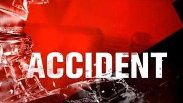 Single-car crash kills 2 in Christian County