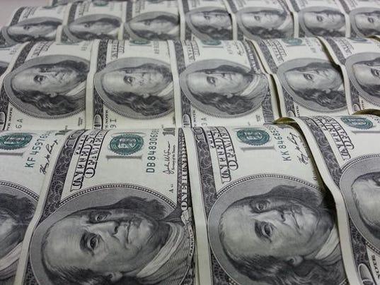 635834575275393963-Money