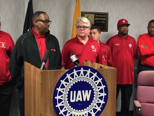 635835332751206168-Jimmy-Settles-Bernie-Ricke-UAW-United-Auto-Workers.JPG