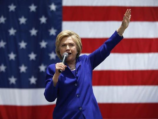636008897309260211-636008289789856021-AP-DEM-2016-Clinton.1.jpg