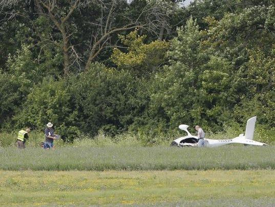 636063574115684529-636053026098719592-FON-072816-plane-crash-1.jpg