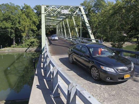Marsh Road bridge