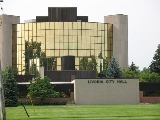636228621342281726-Livonia-city-hall.jpg