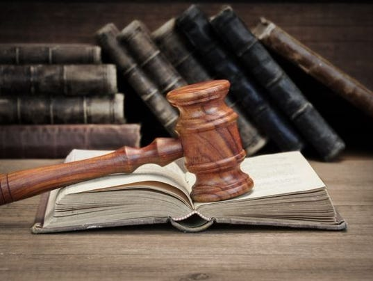 636259475909207188-wooden-gavel.jpg