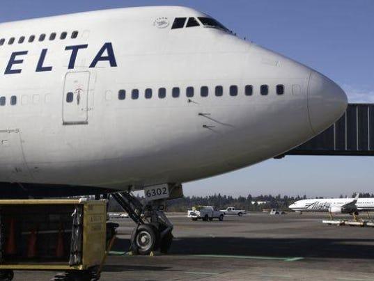 636425295754836463-delta-jet.jpg