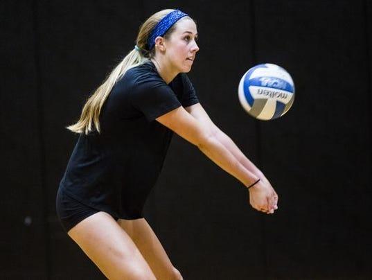 636426327749510098-636086770105276450-0825-dmsp-008AU-volleyball.JPG