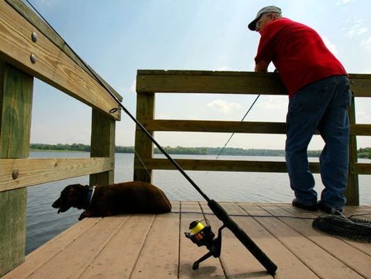 House advances revised proposal raising hunting fishing for Iowa fishing license 2017