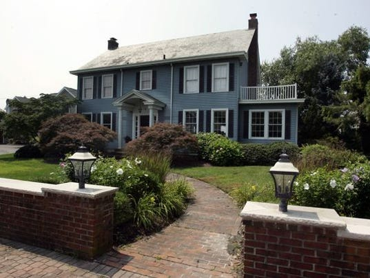 N J Town Still Haunted By 39 Amityville Horror 39