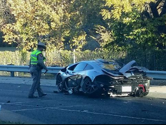 635526362481692620-McLaren-P1-Crash.png