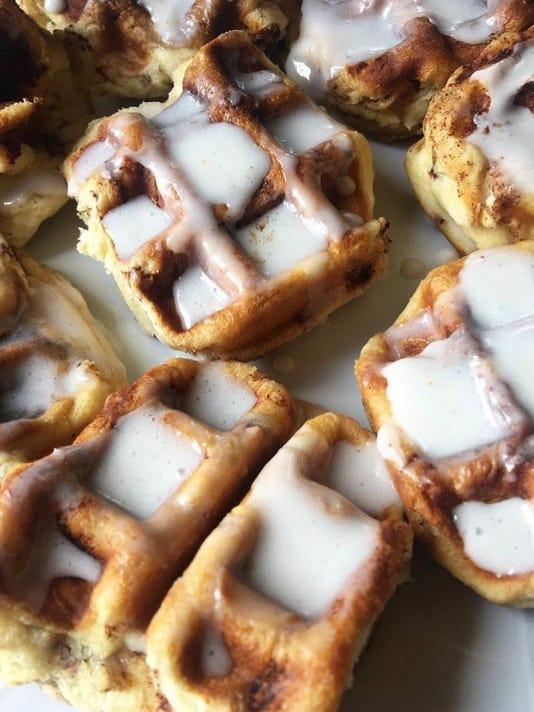 636402166902055940-Cinnabon-waffles.JPG