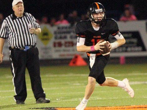 Grant Dunatchik led the Bulldogs to a 34-20 win at Milford on Friday.