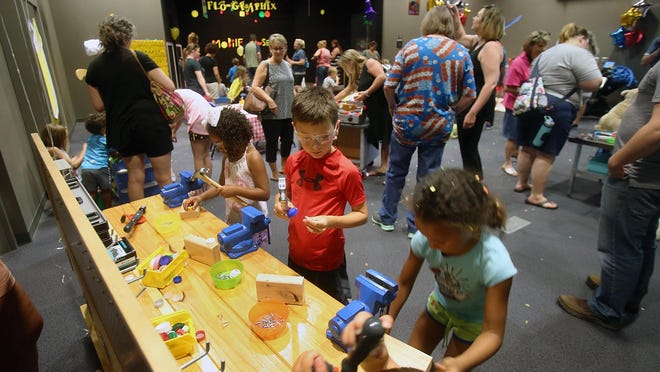The Kansas Children's Discovery Center has partnered with Stormont Vail Health to offer the hospital's staff free child care starting Thursday.
