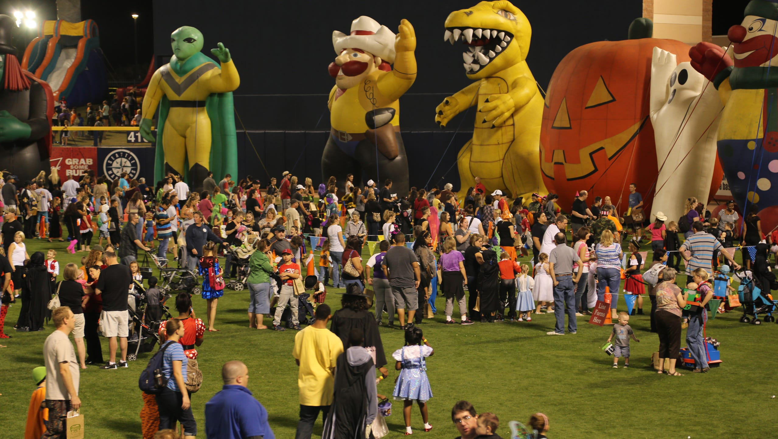 Halloween Events In Phoenix 2020 47 Halloween events around Phoenix scare up fun for all ages