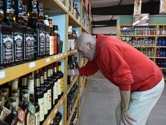 04012015_liquor store lawsuit-b.jpg