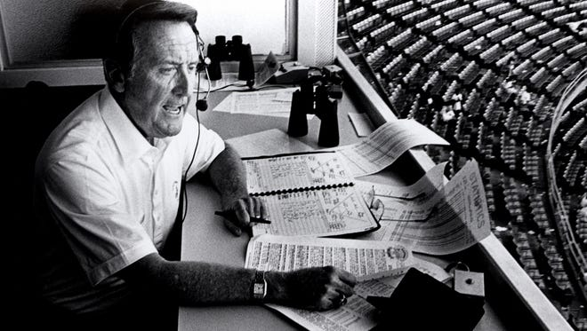"""Vin Scully calls a radio game in 1989. """"(On radio), you come into the booth and you get your paints and brushes and you mix the paints."""""""