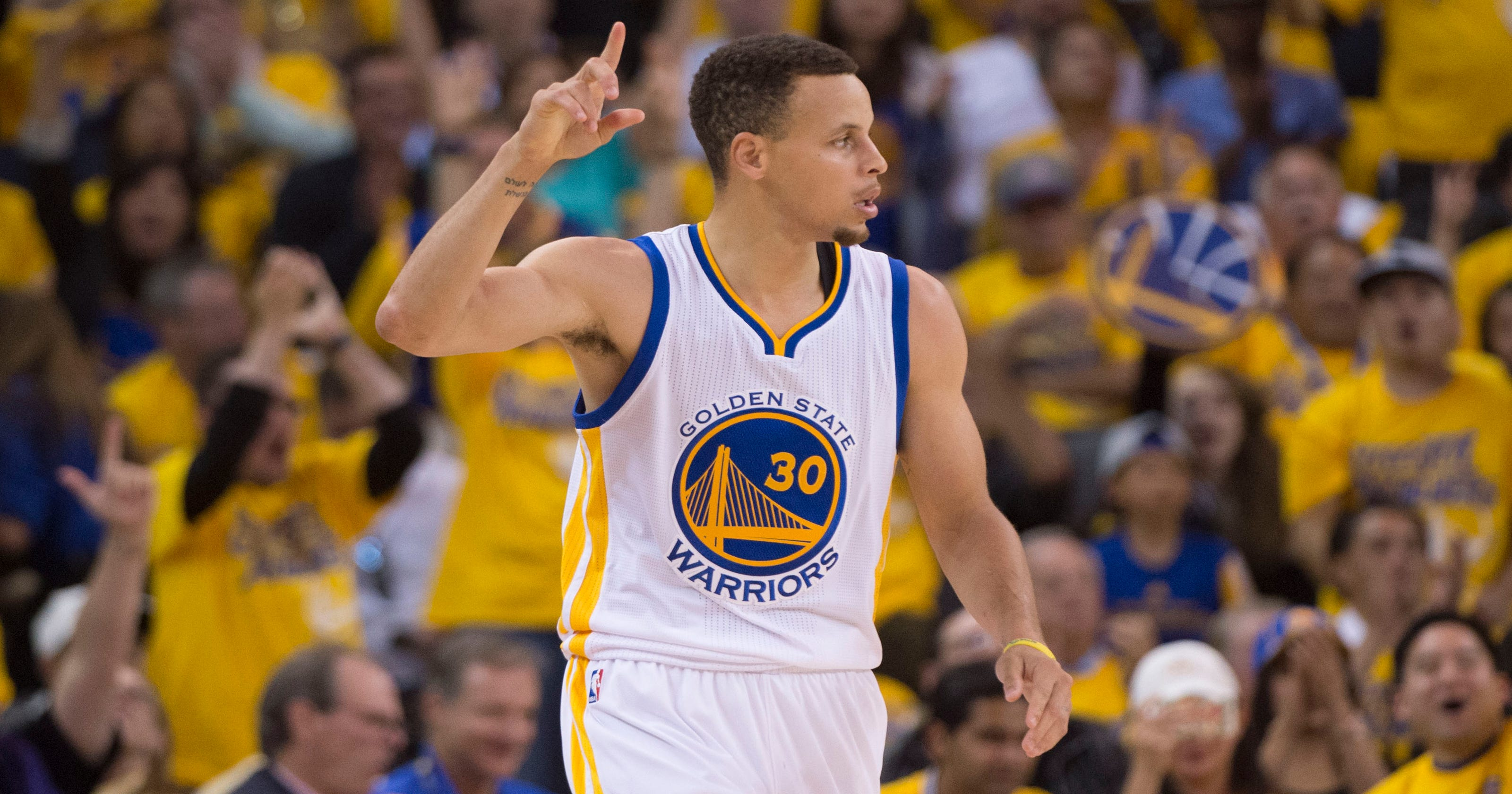Business as usual': Stephen Curry's 118-second outburst help