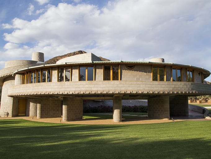 Designed by world-renowned architect Frank Lloyd Wright, the Rosenbaum House is a single-family abode that was built for Stanley and Mildred Rosenbaum.