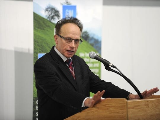 Warren Mayor Jim Fouts denies it's his voice on a series of recordings that capture man making insulting comments about African Americans, older women, and people with disabilities.