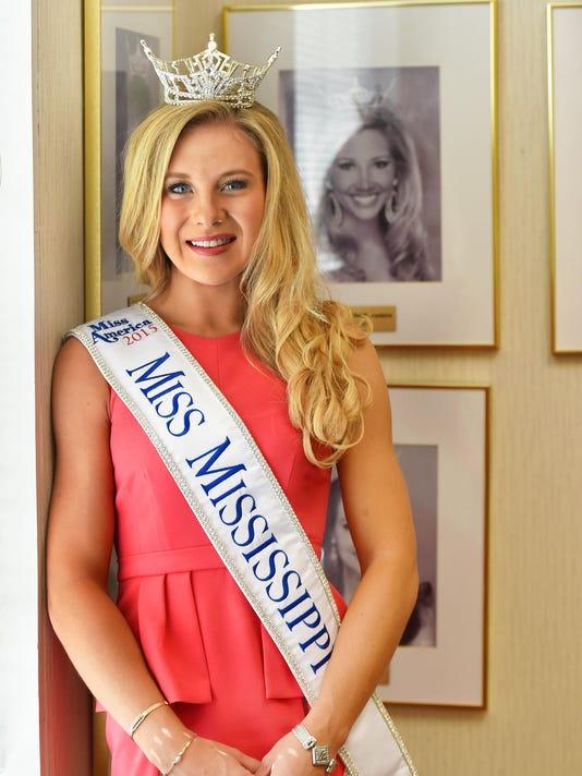 TCL Miss Mississippi01.jpg