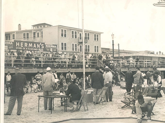 Archived photos from the Wildwood Historical Society
