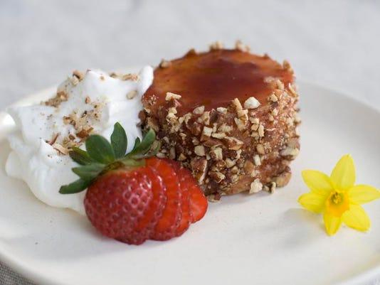 Food Easter Mini Cake_Atzl.jpg