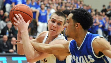 FILE – Carmel's Zach McRoberts started his college career at Vermont.