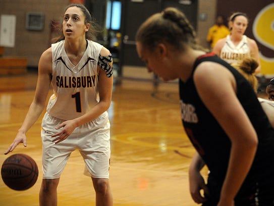 Salisbury senior Lauren Rothfield focuses on the basket