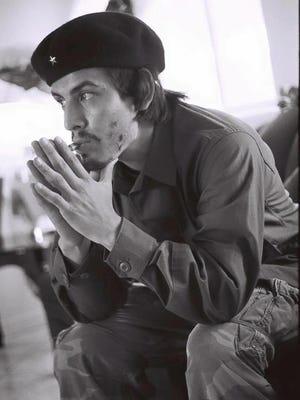 """Marcelino Quinonez stars in """"El Che"""" Aug. 25-28 at the Phoenix Center for the Arts."""