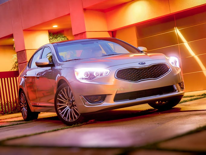 Kia's all-new 2014 Cadenza the new top-of-the-line full-size model for the brand.